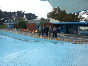 Mayor Len Brown tour of Waitemata Local Board at Pt Erin Pools