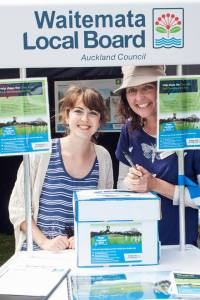 Grey Lynn Festival consultation stand (Photo Michael McClintock Ponsonby News)