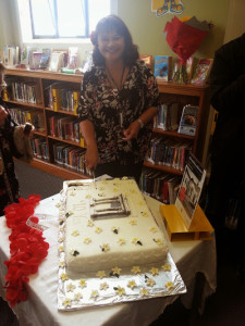 Grey Lynn library cake cutting
