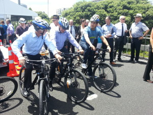 Transport Minister Simon Bridges, Mayor Len Brown and NZTA CEO, Geoff Dangerfield