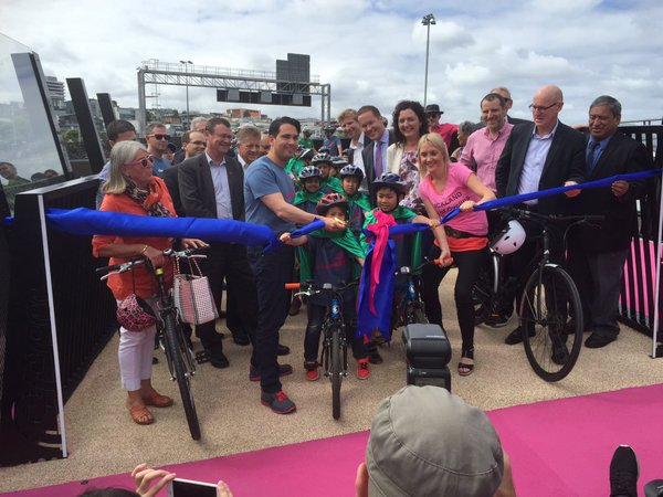 The lightpath to our cycling future – Te ara i whiti