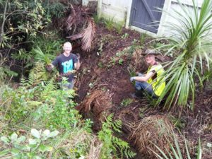 Waipapa planting day June 2016 Hugh and Luke